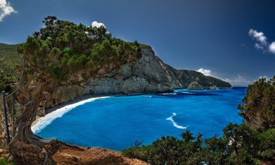 The southwest coast of Lefkas offering a unique sailing experience