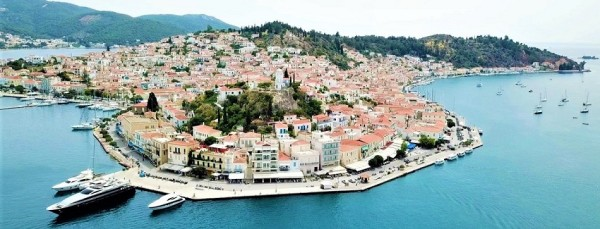 The port of Poros | Sail in Greek Waters