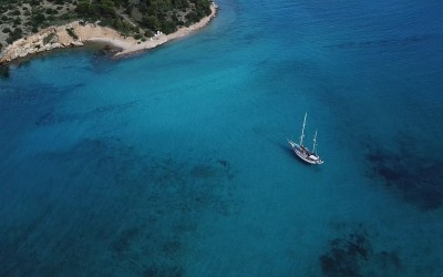 Hinitsa islet | Sail in Greek Waters