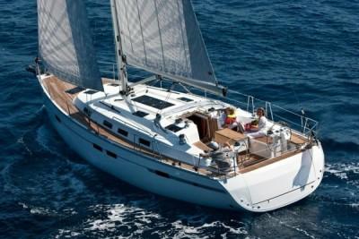 Bavaria 40 Cruiser - Port of Lefkas | Sail in Greek Waters