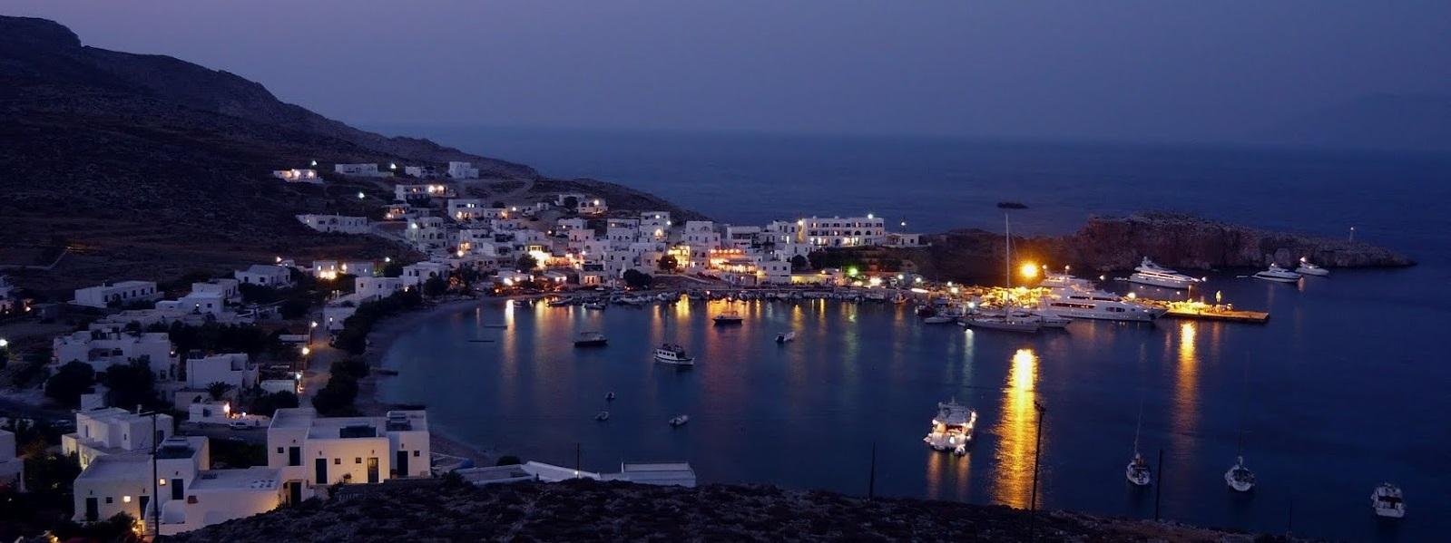 The port of Folegandros - Sail in Greek Waters